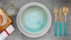 chic cutlery, made from organic food-safe bamboo w/ water-based adhesives & finished w/ high quality natural oils