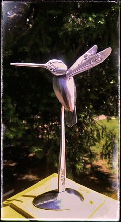 "Excellent ""metal tree art welded"" detail is offered on our web pages. Read more and you wont be sorry you did. Metal Yard Art, Metal Tree Wall Art, Scrap Metal Art, Fork Art, Spoon Art, Spoon Knife, Metal Art Projects, Metal Crafts, Silverware Art"