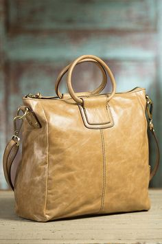 Hobo Sheila Leather Handbag   Overland Sheepskin