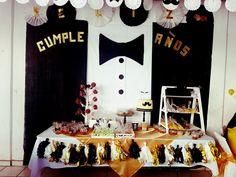 Decoracion para fiestas de hombres. 50th Party, 50th Birthday, Happy Birthday, Birthday Parties, Umbrella Baby Shower, Little Man Birthday, Man Party, Holidays And Events, Birthday Decorations