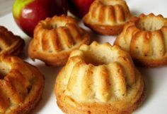 Almás mini kuglófok Challah, Minion, Apple Pie, Doughnut, Cookie Recipes, Muffin, Bread, Cookies, Baking