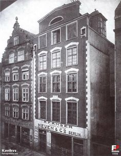 Houses of Hevelius, Old Town, Gdańsk / Danzig, before 1945 Danzig, Photomontage, Historical Photos, Black And White Photography, Old Town, Touring, Poland, Cool Art, Louvre