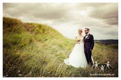 Hochzeitsfotograf in Wien und Niederösterreich Wedding Rings, Engagement Rings, Wedding Dresses, Wedding Photography, Photographers, Getting Married, Enagement Rings, Bride Dresses, Bridal Gowns