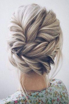 twisted wedding updo hairstyle #weddinghairstyles