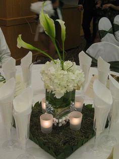 Green & white centerpiece