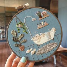 I like the slight use of embellishment here (the bubbles) it makes the image more realistic and detailed. Flower Embroidery Designs, Simple Embroidery, Hand Embroidery Stitches, Modern Embroidery, Embroidery Hoop Art, Crewel Embroidery, Cross Stitch Embroidery, Silk Ribbon Embroidery, Hand Stitching