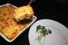 Geirs Klippfisk i form - Fett & Forstand Lasagna, Bacon, Drink, Eat, Ethnic Recipes, Food, Red Peppers, Beverage, Essen