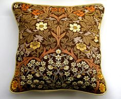 Sanderson William Morris Blackthorn Arts and Crafts brown, cream, mid 60s…