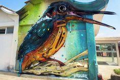 Artur Bordalo recycle des ordures pour créer des œuvres de street art : http://www.efficycle.fr/artur-bordalo-recycle-des-ordures-pour-creer-des-oeuvres-de-street-art/