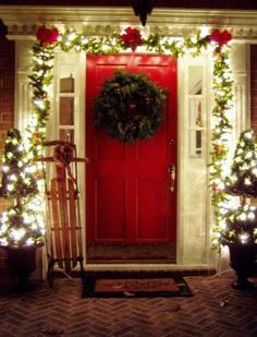 a joyful winter Christmas || Outdoor porch decorations