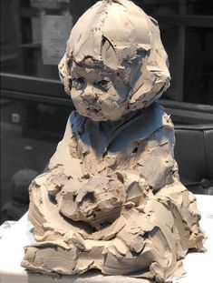 DUTCH DESIGN WEEK '18 - MOONIQ PRIEM Human Sculpture, Sculpture Clay, Abstract Sculpture, Ceramic Figures, Clay Figures, Ceramic Art, Anatomy Sculpture, Traditional Sculptures, Sculpture Techniques