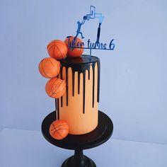 Sports Themed Cakes, Birthday Cake, Desserts, Food, Tailgate Desserts, Deserts, Birthday Cakes, Essen, Postres