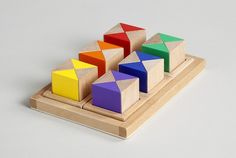 COLOUR HOUSE WOODEN BLOCK SET