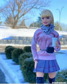 Barbie Clothes, Barbie Dolls, Barbie Tumblr, Montreal, Fashion Dolls, Dollhouse Miniatures, American Girl, Harajuku, Scenery