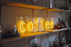 Coffee neon sign for cafe, coffee shops, coffee to go, restaurants and other businesses Restaurant Design Vintage, Vintage Design, Wire Switch, Work Cafe, Architecture Restaurant, Design Café, Coffee Business, Coffee To Go, Layout