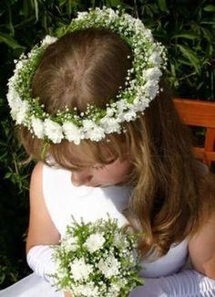 First Communion flower wreath Flower Girl Headpiece, Flower Girl Crown, Floral Crown, Hair Decorations, Wedding Decorations, Flowers In Hair, Bright Flowers, Flower Hair, Wedding Bridesmaids