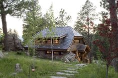 This Colorado cottage is perfect. Look Inside This Tiny Mountain Home - Small Cottages - Country Living