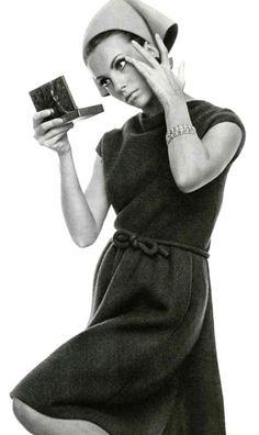 Nina Ricci, L'Officiel December 1965
