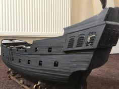 Wooden Ship Model Kits, Black Pearl Ship, Outside Pool, Model Ship Building, Pirate Halloween, Ship Drawing, Cardboard Crafts, Model Ships, Water Crafts