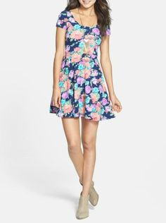 The everyday floral skater dress
