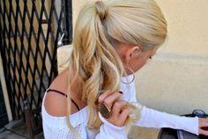 simple yet pretty ponytail