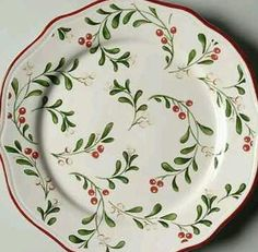 Better Homes and Garden Mistletoe Dinner and Salad plates. Not my favorite of all the choices for dinner plates. Christmas China, Christmas Dishes, Ceramic Plates, Ceramic Pottery, Crystal Illustration, Ikea Garden Furniture, Oblong Tablecloth, Christmas Dinnerware, Crystal Glassware