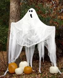 Ghost Statues