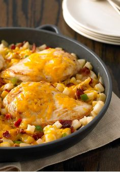 Cheddar Chicken and Potatoes – In this twist on meat and potatoes, chicken breasts carry the day. Bacon adds flavor and Cheddar cheese melts on top for ooey-gooey goodness.