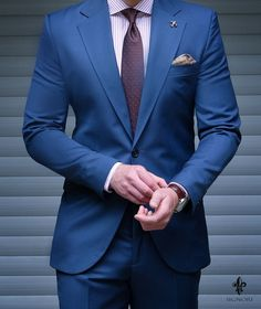 dark blue suits for mens Mens Casual Suits, Mens Fashion Suits, Mens Suits, Fashion Outfits, Dark Blue Suit, Blue Suit Men, Blue Suits, Navy Blue Suit Combinations, Men Dress Up