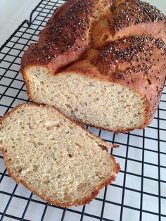 Receita de pão sem glúten macio, saboroso e leve! Quer mais o que? Vem aprender!!