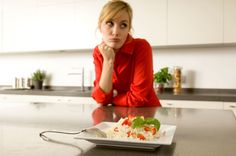 9. Stop forcing yourself to eat if you're not hungry. - A. Chederros/Getty Images