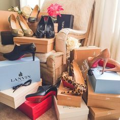 "👑 Hanna Isabelle 👑 on Instagram: ""Do you like shoes too? 👠❤️ which pair is your favorite on this picture?  #queen_isabelle8 #shoes #highheels #redsoles #christianlouboutins…"" Your Favorite, My Favorite Things, Red Sole, High Heels, Gift Wrapping, Christian, Pairs, Queen, Pictures"