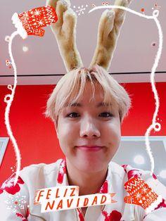 in which min yoongi is a soldier and jung hoseok is a florist. Jimin Jungkook, Taehyung, Hoseok Bts, Bts Bangtan Boy, J Hope Twitter, Twitter Bts, Namjin, Yoonmin, Foto Bts