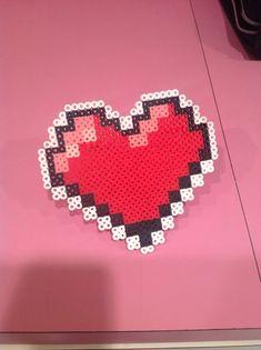Pixel People iOS Game - 8 bit heart