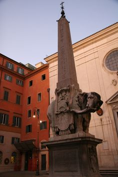 Bernini's Elephant and Oblisk