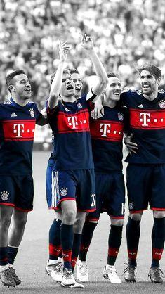 James Rodriguez, Fc Bayern Mannschaft, Watch Football, Football Soccer, Bayern Munich Wallpapers, Thomas Müller, Team Wallpaper, Milan, Fc Bayern Munich