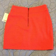 ✨Host Pick 9/22✨urban outfitters bodycon skirt Brand new never worn, salmon skirt. Super cute and comfy. Perfect for day to night wear. Urban Outfitters Skirts