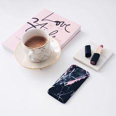 marble phone case | marble iphone case | black marble | black and pink marble | love style life | flatlay | myburga | burga | burgaofficial | flatlay inspiration | instagram photo idea | instagram flatlay | how to take flatlay picture |burga