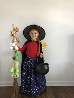 Room on the Broom. World Book Day Costume. Room on the Broom Costume. Kids Book Character Costumes, Book Characters Dress Up, Book Character Day, Character Dress Up, World Book Day Costumes, Book Week Costume, Storybook Characters, World Book Day Characters, Diy Girls Costumes