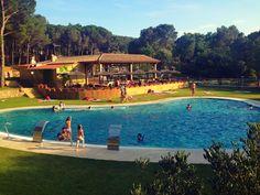 49 Ideas De Holidays Camping En España Viajar Con Niños España Campamento Al Aire Libre