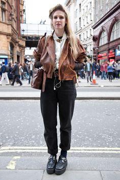 London Street Style – OXFORD STREET