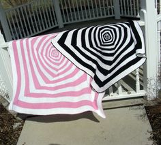 Op Art - I made a multi-color version of this blanket years ago for my niece when she was born...I could never find the pattern when folks asked...now I can.