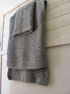 by Cila: Easy Knit sweater ........