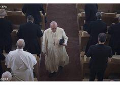 Ejercicios Espirituales: Jesús no es moralista, hombre y mujer centro del Evangelio - Radio Vaticano
