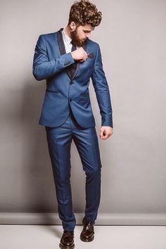 Groom Style // Sexy groom withe beard // blue suit #wedding #groom