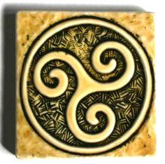 99 thumb Símbolos Antiguos: El Triskel