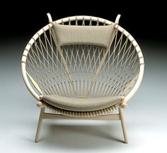 The Circle Chair by Hans Wegner, 1949: The flag halyard back was made with a single piece of cord