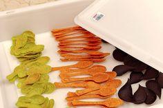 L'impasto decoro è a base di formaggio grana, è perfetto per creare deliziosi contenitori commestibili, particolarmente adatti al finger food.