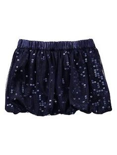 Shop the Gap collection of toddler girls clothes for your stylish toddler. From toddler dresses to leggings, find cute outfits for every occasion. Baby Girl Fashion, Kids Fashion, Winter Outfits, Kids Outfits, Boys And Girls Clothes, Bubble Skirt, Niece And Nephew, Cute Skirts, My Little Girl