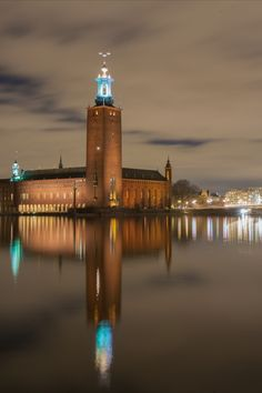The City Hall in Stockholm is located on the island of Kungsholmen. This pic was taken from the nearby island of Gamla Stan. Visit Stockholm, Stockholm City, Stockholm Sweden, Night Photography, Travel Photography, Welcome To Sweden, Places To Travel, Places To Visit, Kingdom Of Sweden